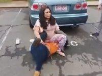 Merhametten Yoksun Kız Kavgası