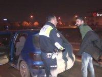 Polise Kafayı Yedirten Tripli Sürücü