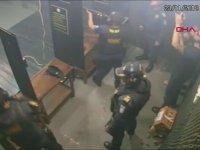 Polislere Üç Buçuk Attıran Alev Topu