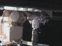 Rus Kozmonotların Uzay Yürüyüşü Gerçekleştirip Bilgi Toplaması