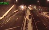 Otomobil Sürücüsünün Tünele Girerken Uçuşa Geçmesi