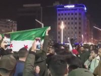 Suriyelilerin Taksim'deki Yılbaşı Eğlencesi