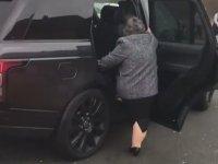 Teyzenin Range Rover ile İmtihanı