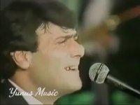 Ferdi Özbeğen - Seviyorum Delicesine (Şan Konseri)