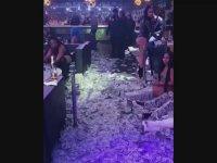 Gün Sonu Hasılatının Üstünde Yatan Striptizciler