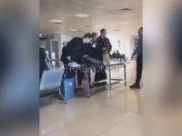 Havalimanında Hakeme Hesap Soran Taraftar