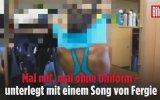 Alman Kadın Polislerin Soyunma Odasında Çektiği Klip