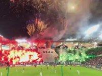 Legia Varşova Taraftarının Çılgın Gösterisi