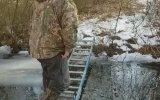 Merdivenden Köprü Olmaz