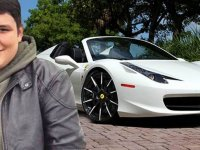 Dolandırıcısından Satılık Ferrari