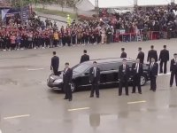 Vietnam'a Ordu ile Gelen Kim Jong-un