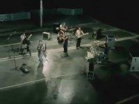 Kıraç - Yalan (2004)