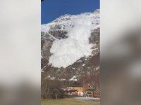 Norveç'te Köyü Vuran Çığ