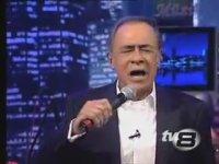 Gökhan Abur - Tek Başına (TV8 - Canlı Performans)