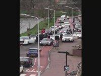 Motorlu Hollanda Polisini Görünce Toz Olan Gurbetçiler