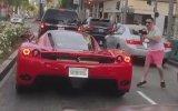 Ferrari Görünce Beyni Yanan Genç