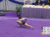 Jimnastik Gösterisinde İki Ayağı Birden Kırılan Sporcu