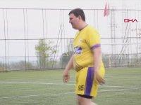 Yeşil Sahaların En Şişman Futbolcusu
