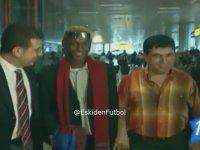 Ekrem İmamoğlu'nun Yattara'yı Karşılaması (2003)