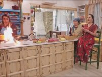 Mutfakta Yangın Çıkması - Ezgi Sertel
