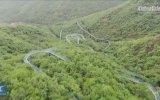 Ormanlık Alandaki 2 Kilometrelik Roller Coaster