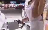 Benzin Pompasını Tükürükleyip Sokmak