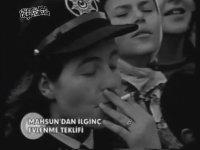 Mahsun Konserinde Duygulanan Kadın Polis (1999)