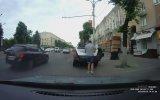 İşi Bitince Plakayı Değiştiren Sürücü