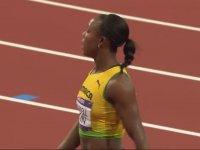 100mt Final Yarışını En Kısa Boylu Ablanın Kazanması - Londra 2012