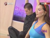 Ebru Şallı Yoga Vakti!