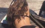 Makineli Silahın Kadın Kalçası Üzerindeki Etkisi