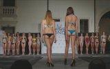 Miss Alkışlarla 8 Castelgomberto Güzellik Yarışması