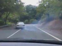Trafiğe Açık Alanda Drift Yapan Yeteneksiz BMW'li