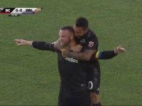 Wayne Rooney'in 65 Metreden Gol Atması