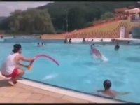 Havuzdan Balık Gibi İnsan Tutmak