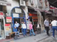 Taksim'de Esnaf Müşteri Kavgası - Sen Beni Tanıyorsun Oglim