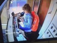 Tramvay Kullanırken Telefonla İlgilenen Vatmanın Kazası