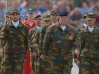 Belçika Askerinin Korku Salan Yürüyüşü