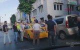 Tartıştığı Yolcuya Bıçakla Saldıran Taksici