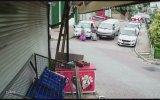 Polise Biber Gazı Sıkıp Isırarak Gözaltına Alınmamaya Çalışan Hırsızlar