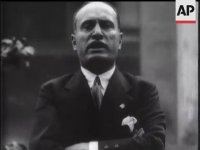 Benito Mussolini'nin İngilizce Konuşması