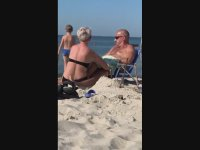 Tatilde Kocasını Fazlasıyla Memnun Eden Kadın (+18)
