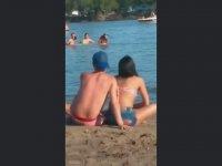 Aleni İş Pişiren Çifti Ayıran Plaj Ahalisi (+18)