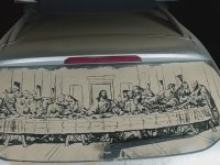 Tozlu Araba Camına Sanat İşlemek