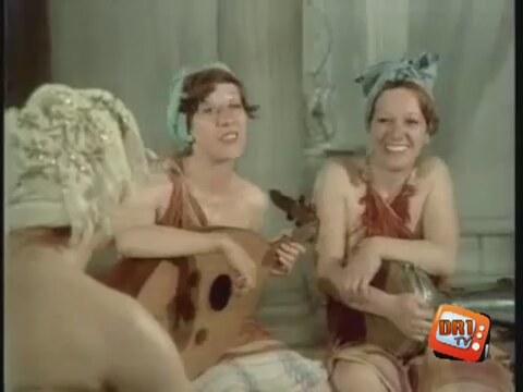 Adile Naşit - Tosun Paşa (1976) - Hamam Sahnesi