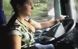 Dekolteli Tır Şoförü Rumen Kadın
