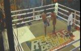 Tayland İlginç Bir Dövüş! Ring Fena Karıştı.