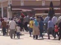 Adana'da Kamptan Alınıp Mitinge Götürülen Suriyeliler