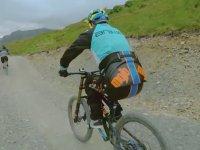 Engelli Bisikletçinin Tekrar Bisiklet Üzerine Çıkması