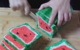 Karpuz Görünümlü Ekmek Nasıl Yapılır